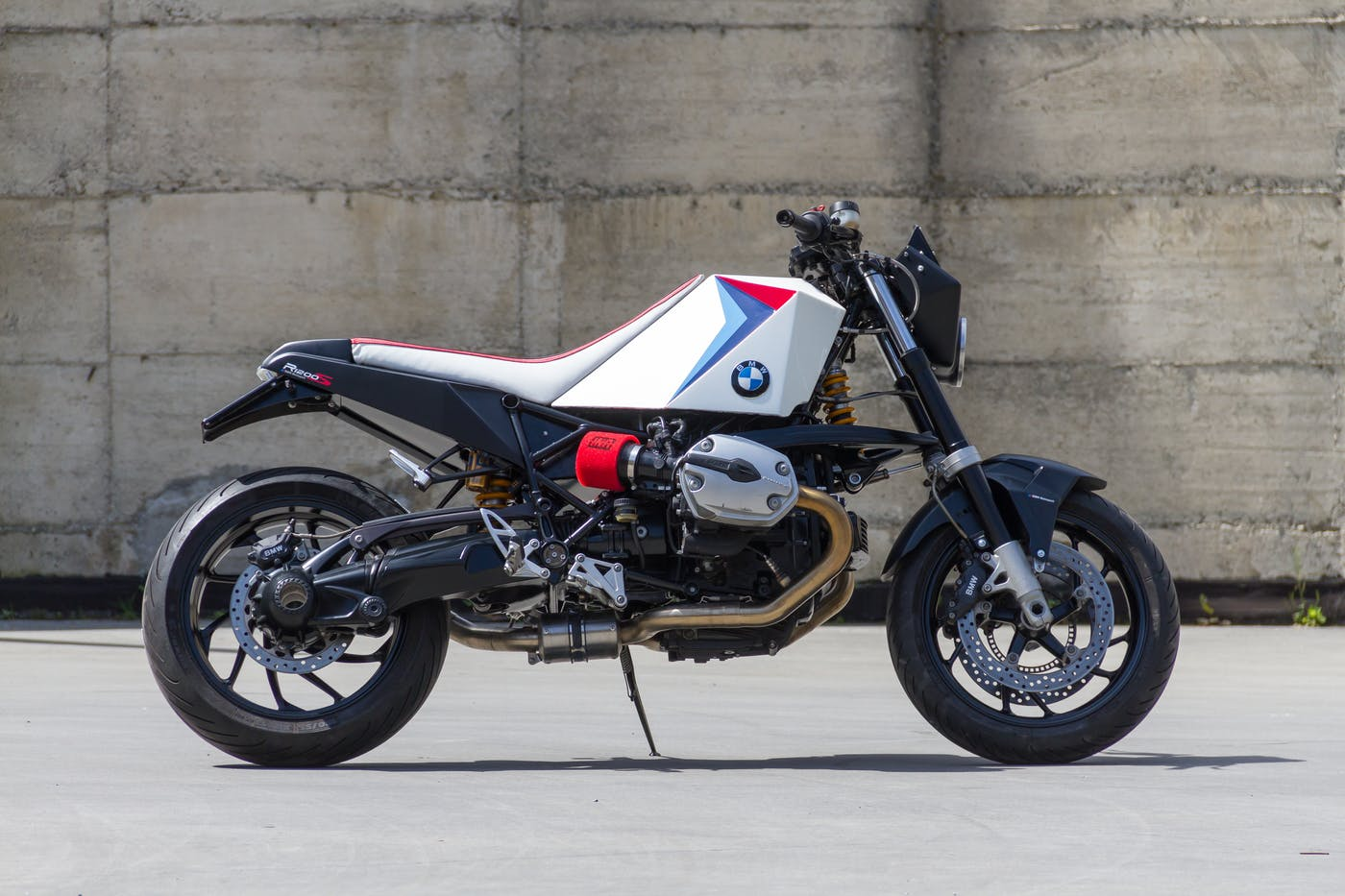 BMW R1200S by Greaser Garage