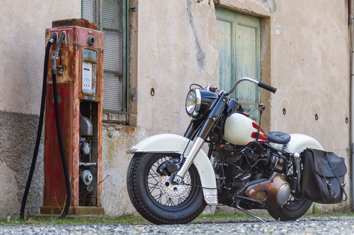Harley Davidson FX by Greaser Garage